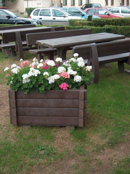 Kunststoff Blumenkübel Scilla